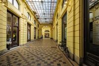 oktogon_prolaz_u_zgradi_od_ilice_do_cvjetnog_trga