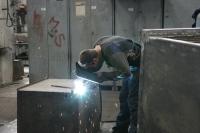 radnici_u_tvornici_gredelj