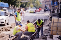 radnici_na_tramvajskoj_pruzi_u_vlaskoj_ulici_u_zagrebu