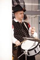 bubnjar_duhackog_orkestra_u_trgovackom_centru_bled